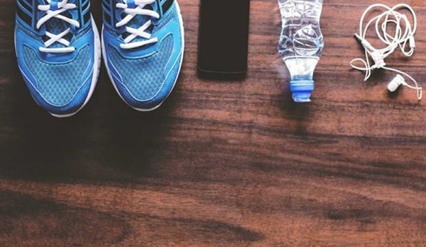 音樂能增強跑步表現!10 首全球最佳練跑歌曲
