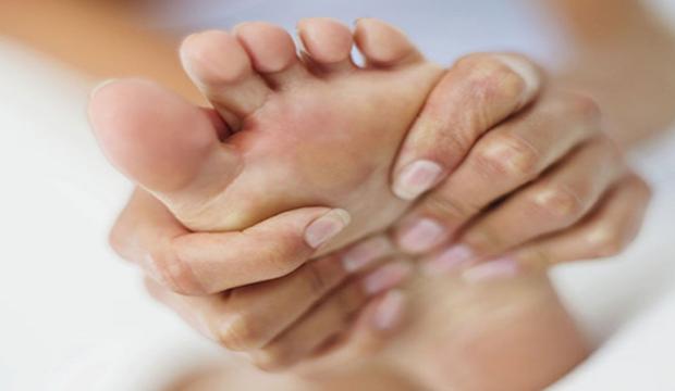 【傷痛防護】想健步如飛?專家:先解決足底8大疼痛問題
